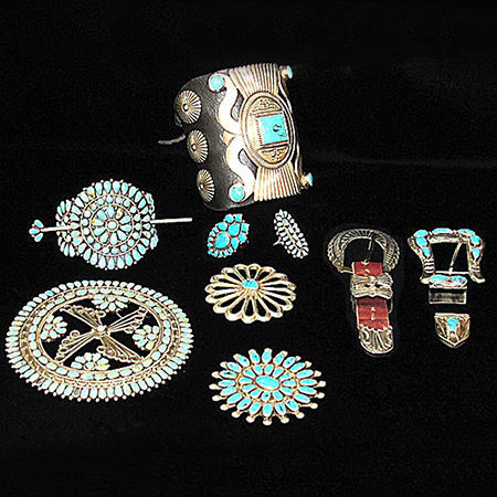Picture for category Navajo Pawn Jewelry