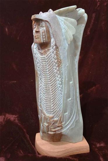 Picture of Navajo alabaster sculpture Ray Pettigrew 750